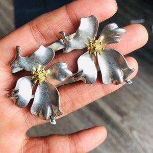 Jewelry - Silver Large flower Korean Earrings